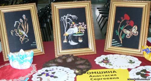 Фестиваль творчества инвалидов в Красноярске.  Декабрь 2009г.  Работы из бисера.
